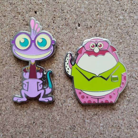 Disney Other - Disney Monsters University Pin Set
